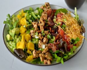 This is about keto lunch meal prep and healthy salad recipes for lunch